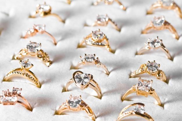 vielsesringe med diamanter